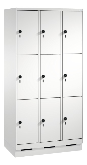 """S 3000 Evolo"" Lockers with Base (3 Lockers Positioned Vertically) 180x90x50 cm/ 9 compartments, Light grey (RAL 7035)"