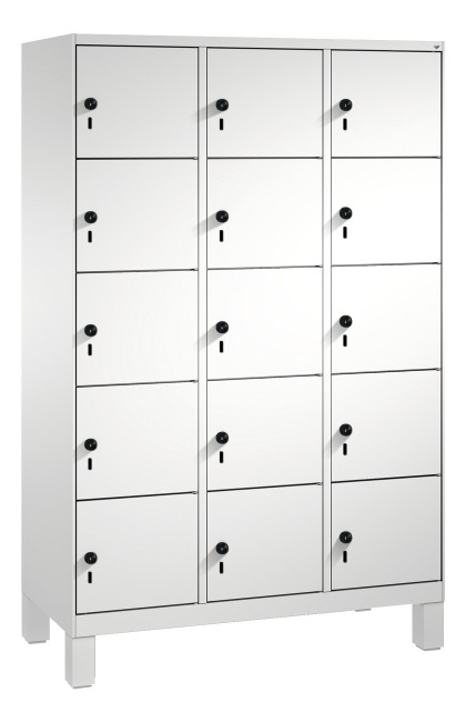 """""""S 3000 Evolo"""" Lockers with Base Legs (5 Lockers Positioned Vertically) 185x90x50 cm/ 15 compartments, Light grey (RAL 7035)"""