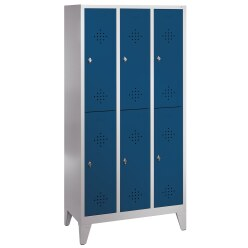 """""""S 2000 Classic"""" Double Lockers with 150-mm-high Feet Light grey (RAL 7035), 185x61x50 cm / 4 shelves"""