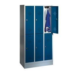 """""""S 2000 Classic"""" Double Lockers with 150-mm-high Feet Light grey (RAL 7035), 180x61x50 cm/ 4 shelves"""